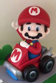 It's ameeee, Mario! Super Mario Bros, Bolo Super Mario, Mario Kart Cake, Mario Bros Cake, Mario Birthday Cake, Super Mario Birthday, Mario Y Luigi, Mario Room, Fondant Figures Tutorial