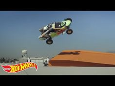 Hot Wheels World Record: Corkscrew Jump | Hot Wheels - YouTube