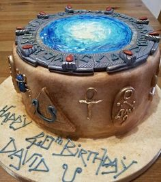"""...and then there's cake"" - Jack O'Neill. ""@alithecakelady: #Stargate pic.twitter.com/Hrsd9iKO0j"""""