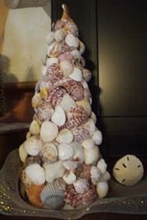 Beach Inspired Christmas Decor ~ DIY Newlyweds: DIY Home Decorating Ideas & Projects