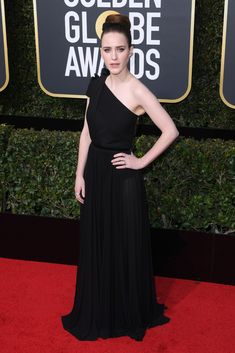 Rachel Brosnahan attends the Annual Golden Globe Awards in Los Angeles on Jan. Golden Globe Award, Golden Globes, Rachel Brosnahan, Nice Dresses, Formal Dresses, Hollywood Life, Warm Outfits, Red Carpet Fashion, Fashion Pictures