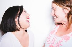 11 Things To Say To Strangers To Get Them To Like You If You're Trying To Make Friends