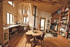 Cob houses can feel snug and cozy, as this hand-built home in southern Oregon demonstrates.