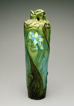 Art Nouveau Glass Vase – Edmond Lachenal, 1900 The Indianapolis Museum of Art Glass Ceramic, Ceramic Art, Vintage Pottery, Pottery Art, Bronze, Decoration, Art Decor, Vases Decor, Design Art Nouveau