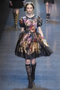 Dolce and Gabbana, runway, knee high socks, Italian inspired dress, outfit