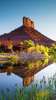 Gateway Canyons, Colorado, is set in the breathtakingly beautiful Unaweep Canyon. Places Around The World, Oh The Places You'll Go, Places To Travel, Places To Visit, Around The Worlds, Pueblo Colorado, Canyon Colorado, Grand Junction Colorado, Vail Colorado