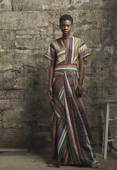 Rosie Assoulin Resort 2017 Fashion Show  http://www.vogue.com/fashion-shows/resort-2017/rosie-assoulin/slideshow/collection#32