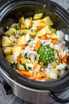 Slow Cooker Veggie Pot Pie