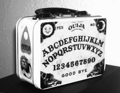 Ouija Board Lunch Box...Communicate with Aunt May while eating your PB & J!!!!