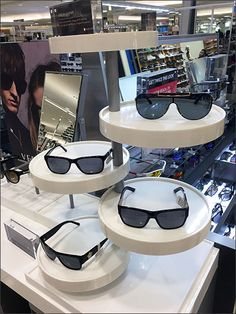 With many styles to compare this multi-level tree of circular platters is well-suited to Sunglass and Eyewear display. Platters provide a solid background against which frame design can be viewed. ...