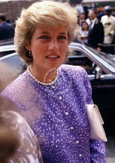 July 7 1987 Charles & Diana opened the extended and modernized Brixton Police Station 367 Brixton Road, Brixton Charles & Diana visit the Brixton Recreation Centre in South London