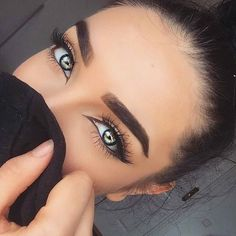 Brow game lash game skin game strong - Get your Lumilixir serum with FREE worldwide shipping from www.mabelandmeg.co