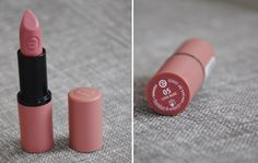 essence longlasting lipstick cool nude 05 - just that touch of colour, non sticky, yay