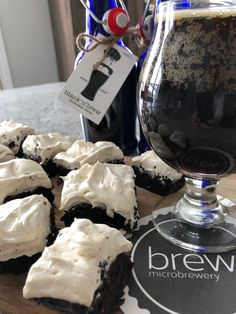 BREW Microbrewery black 'n' brew chocolate stout with Beer Brownies! Chocolate Stout, Brownie Ingredients, Dark Beer, Dessert For Two, Essex County, Unsweetened Chocolate, Complete Recipe, Wineries, Beards