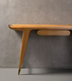 Consolle by Gio Ponti,1948                                                                                                                                                     Mais
