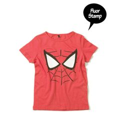 Yporque Spider t-shirt with glow in the dark eyes - spooky and fun.