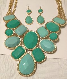 mint/gold statement set
