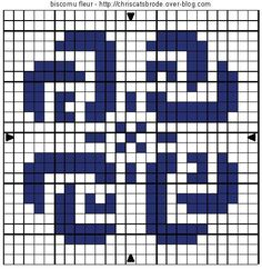 free cross stitch small flower, also red heart, for small biscornu