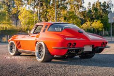 "Greg Thurmond's '65 ""SCAR"" Corvette, by Outrageous Paint by GTS Customs, is powered by a Lingenfelter LS7 and rides on RideTech suspension, Wilwood disc brakes, and 315/30R18 Falken Azenis tires on Forgeline DE3C Concave wheels finished with Black Chrome PVD centers & Brushed outers! See more: http://www.forgeline.com/customer_gallery_view.php?cvk=1513 #Forgeline #DE3C #ConcaveWheels #notjustanotherprettywheel #madeinUSA #Chevrolet #Chevy #Corvette #C2 #Stingray #FalkenSpotting"