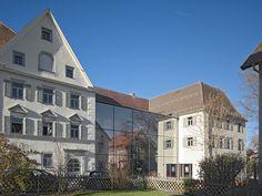 Jugendherberge Rottweil - Die Kultur Jugendherberge Rottweil ist in einem ehemaligen Kloster untergebracht und liegt mitten im historisch geprägten Stadtkern. Rottweil ist aufgrund spektakulärer Kunstaktionen und unvergesslichen Musik- und Theateraufführung vor allem für Kunst- und Kulturliebhaber ein heißer Tipp! - www.jugendherberge-rottweil.de