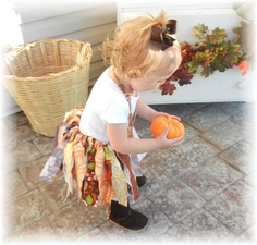 no-sew fabric tutu. should be slightly more durable than tulle and can make with any fabrics i want