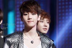 12.04.17 MBC MUSIC Show Champion - Angel (Cr: see the light: 19920506.com)