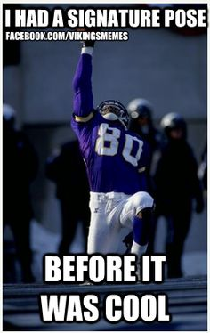 Image detail for Dec Chris Carter of the Minnesota Vikings celebrates . Football Rules, Best Football Team, Nfl Football, Football Players, Viking Pictures, Cris Carter, Minnesota Vikings Football, Nfl History, Sports Figures