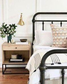 Bedroom ideas. Simple colors.