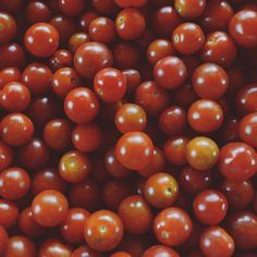 """Die Tomaten / Los tomates / The tomatoes """"Natural"""" series Learning Spanish, Fruit, Vegetables, Natural, Pattern, Instagram, Food, Tomatoes, Learn German"""