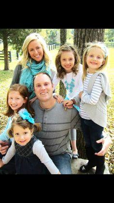 Family Pic Ideas Color Scheme