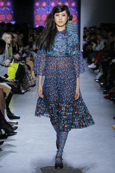 Anna Sui ready-to-wear autumn/winter '18/'19 - Vogue Australia