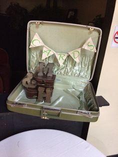 Reception card holder. Old suitcase, metal letters. #realweddings #mmhbwedding2014