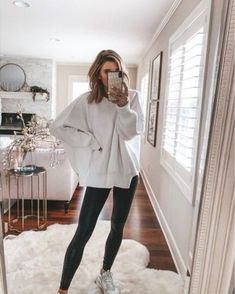 Sale alert Today only my favorite sweater tunic is 50 off I m wearing a size small oversized comfy sweater Lazy Outfits, Cute Comfy Outfits, College Outfits, Boho Outfits, Casual Outfits, Fashion Outfits, Comfy Clothes, School Outfits, Lazy School Outfit