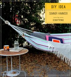 How to make your own simple summer hammock. Tutorial by Kate Pruitt for Design Sponge.