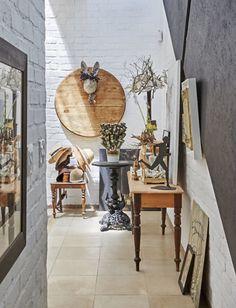 the botanical farmhouse January 2017 Photo Greg Cox Stylist Chrizanda Botha & Tiaan Nagel 2017 Photos, Rustic Interiors, Greenery, Entrance, New Homes, Farmhouse, Display, Interior Design, Vintage