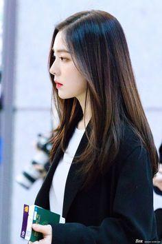 Seulgi, Irene Red Velvet, Red Valvet, Rapper, Beautiful Gorgeous, Airport Style, Ulzzang Girl, Korean Beauty, Face Shapes