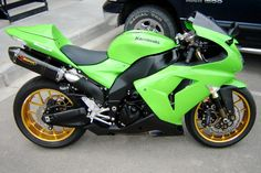 super clean second gen zx10r
