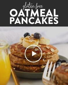 """Start your morning off right with these fluffy banana oatmeal pancakes! We're excited that these gluten free pancakes that don't taste…like """"gluten free pancakes."""" They're made with a combination of oat flour and rolled oats, plus eggs, coconut oil, and of course, mashed banana! #oatmealpancakes #pancakes #bananapancakes #glutenfree #breakfast #recipevideo Vegan Breakfast, Healthy Breakfast Recipes, Brunch Recipes, Vegetarian Recipes, Dessert Recipes, Banana Breakfast, Healthy Recipes, Cooking Recipes, Overnight Oats Rezept"""