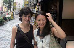 """일본 첫 레즈비언 탤런트의 '프랑스식결혼' [2013.09.02 제976호]       [사회] 지난 5월 프랑스 동성결혼법 맞춰 마키무라 아사코와 프랑스인 김 베덴 혼인신고… """"이성애자가 얻을 수 있는 권리를 동성애자가 못 받는 것은 불평등하니까요"""""""