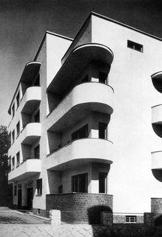oszkár winkler - apartment building, sopron, 1935 Architecture Board, Modern Architecture, Bauhaus Style, Amsterdam, Art Deco Home, Dieselpunk, Art Deco Fashion, Le Corbusier, Modernism