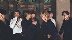 "ً on Twitter: ""happiness looks good on them 🥺@BTS_twt… "" Bts Bangtan Boy, Bts Boys, Bts Jimin, Bts Taehyung, Bts Group Picture, Bts Group Photos, Foto Bts, Bts Laptop Wallpaper, Bts Header"