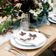 Loving this fall inspired table setting #farmtable #smp #frenchquarter