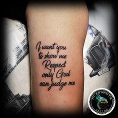 Τατουαζ γραμματα ειναι πολυ καλη επιλογη για αντρες και γυναικες.