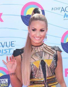 Demi Lovato at the 2012 Teen Choice Awards