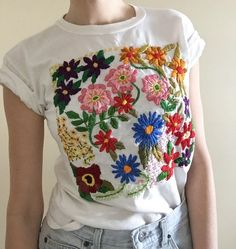 Beautiful embroidery by TessaPerlowInc on Easy 2019 clothing clothing labels clothing patches clothing wholesale flower clothing fly shirts shirts for ladies shirts sunshine coast style clothing tee shirts clothing Sommer Garten Hochzeits Kleider Machine Embroidery Patterns, Embroidery Stitches, Hand Embroidery, Embroidery Designs, Embroidery Boutique, Mexican Embroidery, Brother Embroidery, Quilting Patterns, Embroidered Clothes