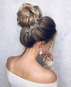 Rhinestone Bridal hair piece Bridal hair vine Gold Bridal headpiece Bridal headband Wedding headband Wedding hair piece Gold hair vine – Famous Last Words Bridal Hair Vine, Hair Comb Wedding, Wedding Hair Pieces, Wedding Headband, Diy Bridal Hair, Bridal Bun, Wedding Veils, Wedding Dresses, Half Braided Hairstyles