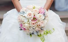 Pastel roses add a sweet touch of color to your wedding look #roses #pastel #wedding