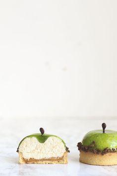 Tartaleta de manzana, caramelo y vainilla