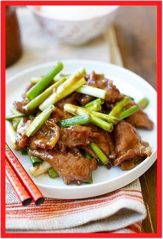 Mongolian Beef is one of the best Chinese recipes. This easy Mongolian beef recipe is better than Chinese takeout and PF Chang's. Easy Mongolian Beef, Mongolian Beef Recipes, Mongolian Chicken, Chinese Beef Dishes, Chinese Beef Recipes, Asian Recipes, Ethnic Recipes, Chinese Takeaway, Beef Recipes