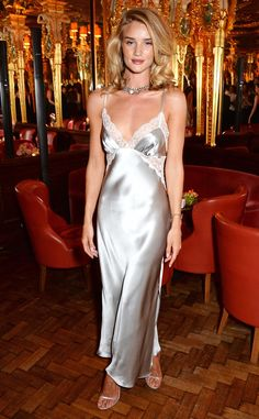 Rosie Huntington-Whiteley in silk nightgown with at Rosie For Autograph launch Rosie Huntington Whiteley, Rosie Whiteley, Satin Gown, Satin Dresses, Nice Dresses, Satin Lingerie, Lingerie Dress, Lingerie Slips, Silk Nightgown